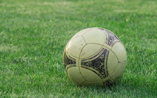 Football: les équipes improbables qui ont su remporter des titres